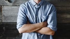 """Patrick J. Adams jako John Glenn w nowym serialu National Geographic Film, LIFESTYLE - Patrick J. Adams, znany z serialu """"W garniturach"""", wcieli się w astronautę, majora Johna Glenna w serialu National Geographic ?The Right Stuff? na podstawie bestsellerowej powieści Toma Wolfe?a"""